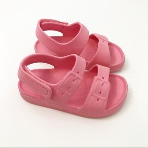 Old Navy Toddler Pink Velcro Water Sandals, 4